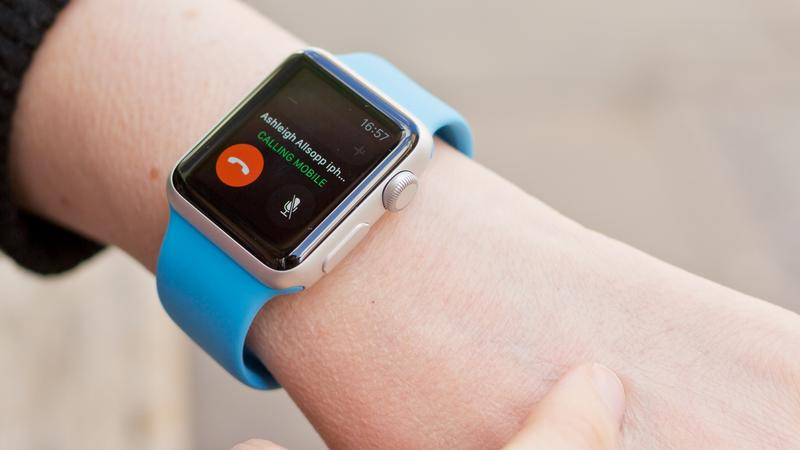 Answer calls on your iPhone using the Apple Watch