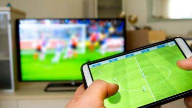 تصویر از ۴ روش اتصال گوشی به تلویزیون (باسیم و بی سیم)